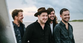 Mumford and Sons 2018 Promofoto