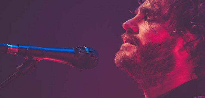 Tim Akkerman brengt ode aan rockmuziek met nieuwe theatertournee