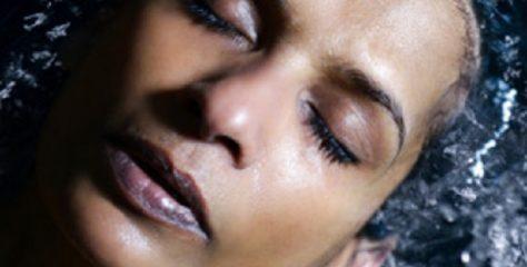 Joyce brengt nieuwe track 'Oxygen'